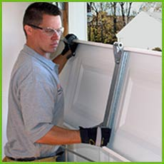 Garage Door Shop Repairs New York, NY 212-918-5375